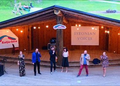 Esineb Estonian Voices - Kallaste Turismitalu